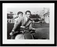 Impression photographique encadrée Roman Holiday with Peck and Hepburn